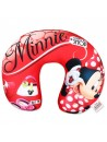 """Dievčenský cestovný vankúš okolo krku sobrázkom Minnie Mouse - Disney - motív """"Milujem nakupovanie"""". Tento vankúš na cesty je ideálny do auta, autobusu i do lietadla.Je hebký a príjemný na dotyk. Nech budete cestovať kamkoľvek, zaistí Vašemu dievčatku pri cestovaní komfort a pohodlie. Vankúšik môžete prať pri teplote do 40 ° C"""