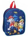 Cestovní batoh s obrázkem Chase, Marschall a Ruble je vhodný pro předškolní děti i malé školáky na výlety. Batoh Tlapková patrola (PAW PATROL)má jednu hlavní komoru se zapínáním na zip. Má široké popruhy, které lze délkově nastavovat, ouško pro přenášení v ruce nebo pověšení. Rozměry batohu jsou 29 x 22 x 9cm.