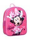 Plastický dívčí batůžek s obrázkem Minnie Mouse je vhodný pro předškolní děti i malé školáky na výlety. Batoh Minnie má jednu hlavní komoru se zapínáním na zip. Má široké popruhy, které lze délkově nastavovat, ouško pro přenášení v ruce nebo pověšení. Rozměry batohu jsou 32 x 26 x 11 cm.